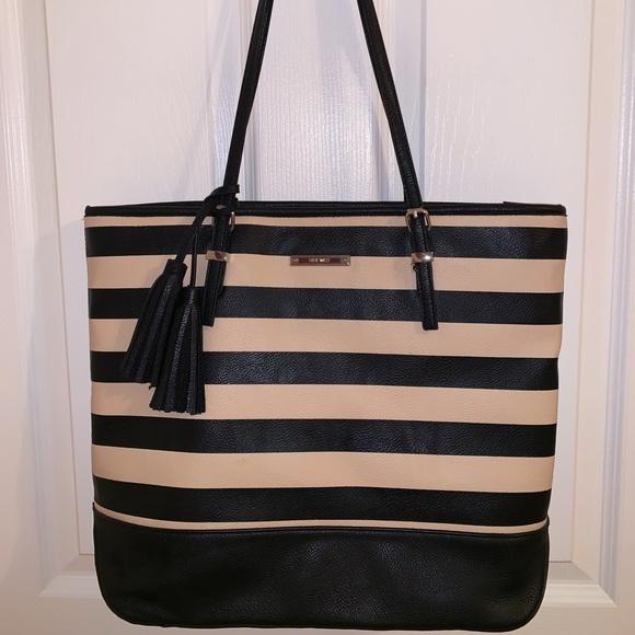 Nine West Handbags - BRAND NEW NINE WEST PURSE